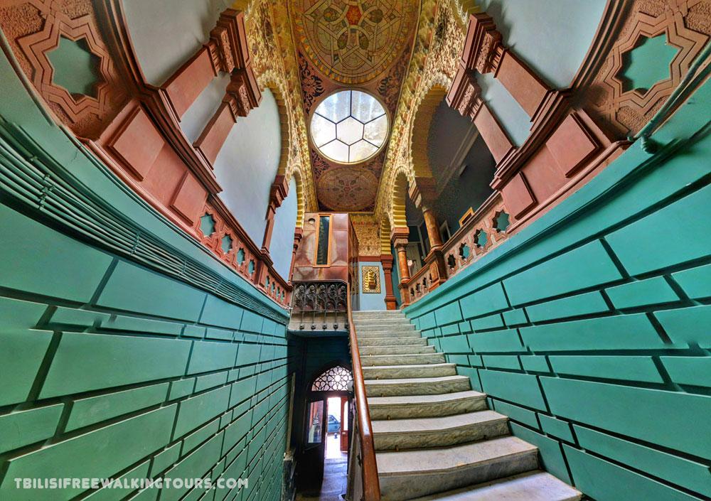 12 Beautiful Hidden Buildings in Tbilisi